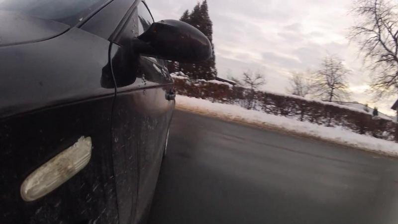 BMW 116i E87 Snow Drifting
