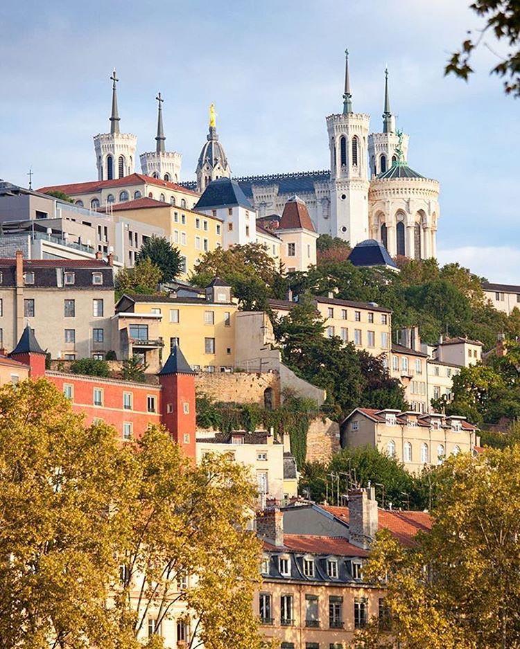 🇫🇷Летим в гастрономическую столицу Франции: авиабилеты в Лион за 10700 рублей туда-обратно из Москвы