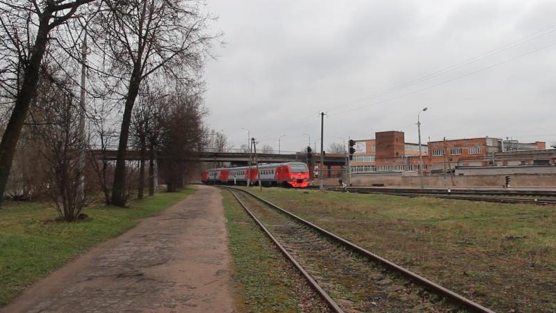 18 04 2018 Отправление дизель электропоезда ДТ1 009 из Пскова в Лугу