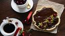 Песочный вишневый пирог с шоколадом
