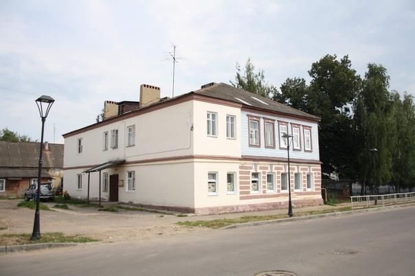 Ещё один на три четверти деревянный дом