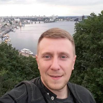 Евгений Чумаков