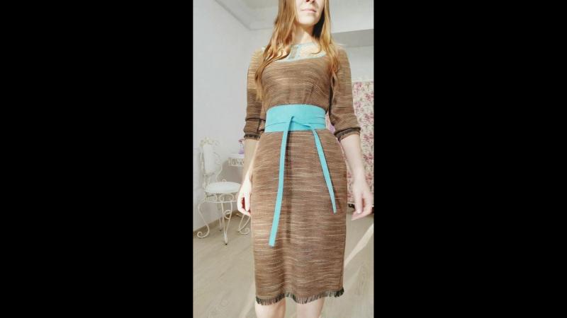 Платье футляр с кружевом