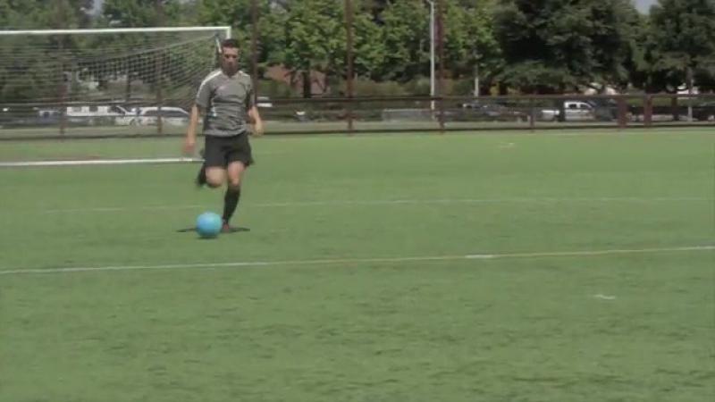 Develop Good Soccer Dribbling Skills Step 7.360p