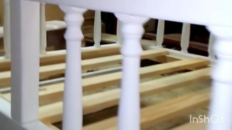 кроватка с балясинами