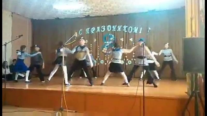 Танец на 8 марта  Танец морячка