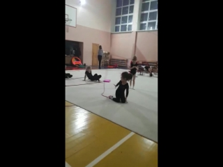 Художественная гимнастика 144 школа. Чурсина Маша (2013г.р) мастерство со скакалкой.