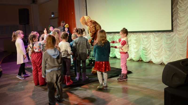 Семейный праздник ЕЛОЧКА-ИГОЛОЧКА и тайна новогодних игрушек