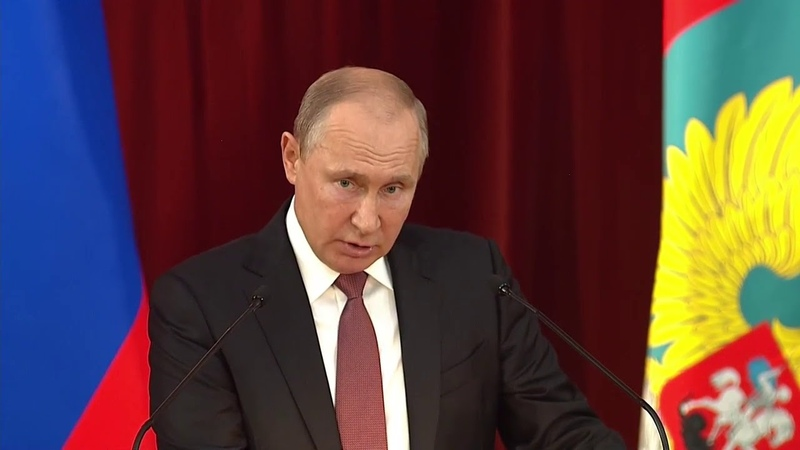Готовы впарить гражданам любую дичь: Путин о врагах России внутри США