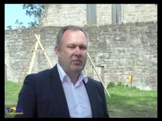 В крепости Копорье начались археологические раскопки.