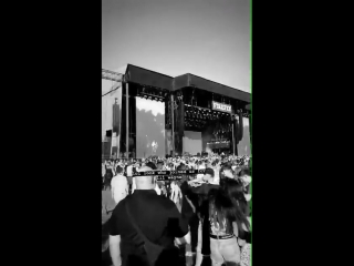 Луи на фестивале «Firefly Music», 16/06