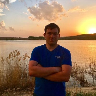 Игорь Бенюхис
