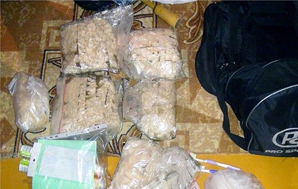 Более 5 кг синтетических наркотиков изъяли у двух жительниц Усть-Илимска