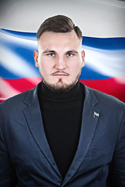 Илья Назаров