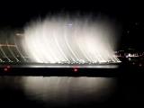 Танцующие фонтаны в Дубае. Уитни Хьюстон. Телохранитель.