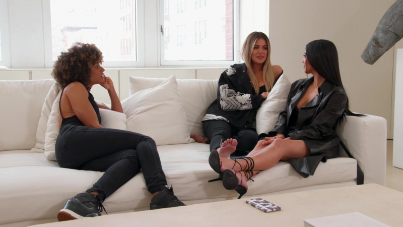 Kim.kardashian.kourtney.kardashian.keeping.up.with.the.kardashians.s14e06