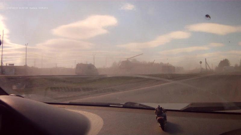 вертолет сел на М 5 у кашинского поста 23.05.2018