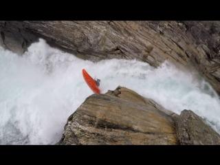 Я прыгаю водопад Nosebreaker. Норвегия.