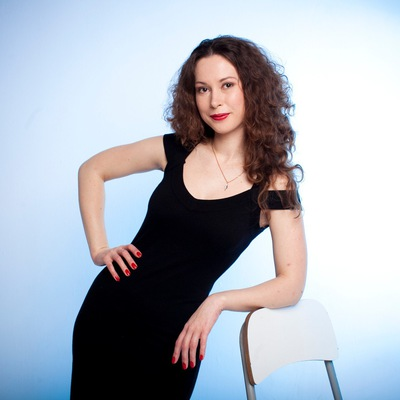 Александра Логинова