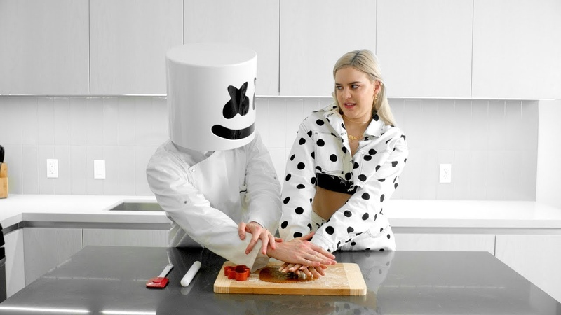 Cooking with Marshmello: How To Make FRIENDS Cookies (Feat. Anne-Marie)