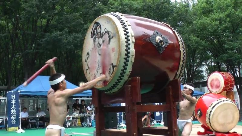 鬼太鼓座 - 大太鼓  ONDEKOZA - OODAIKO  2011-07-18_3.mpg