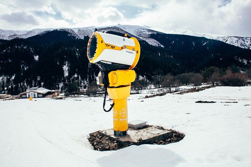 В Зеленчукском районе началась подготовка к горнолыжному сезону