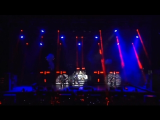 Running Wild 'Fistful Of Dynamite'   'Bad To The Bone' LIVE 2017 HD