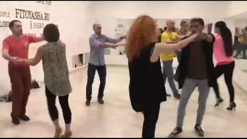 Be Fusión style : Dennyz Mackoy Oksana . Royalty Dance . Bachata Class