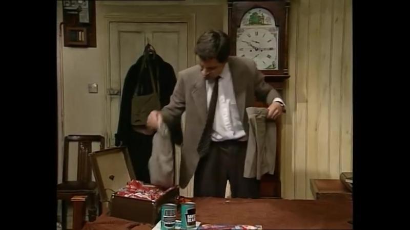 Мистер Бин [фрагмент: The Holiday Suitcase] 1990-1995