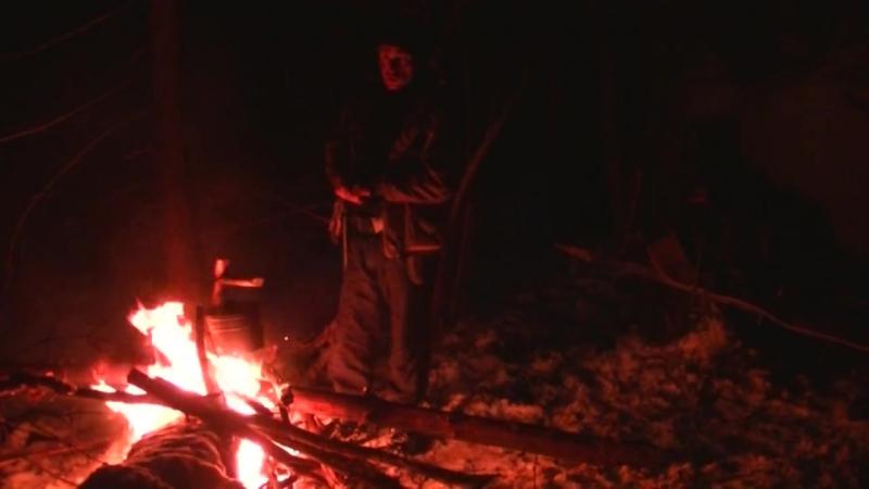 Выживание. Ночевка зимой без костра и палатки