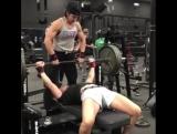 Дженифер Томпсон,  жим лежа 145 кг
