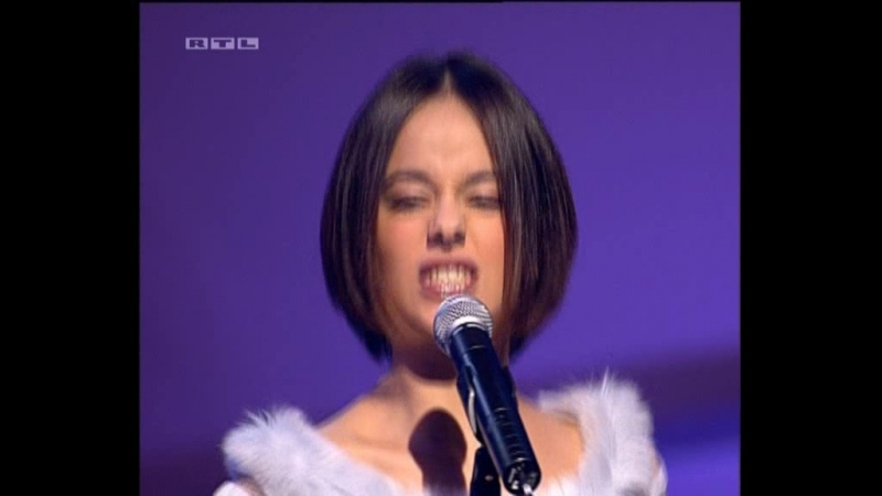 Alizee - LAlize (2002-03-23. Bravo Supershow)