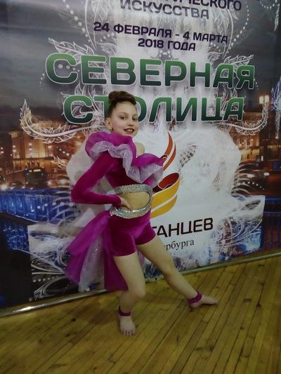 Дарья Бархатова