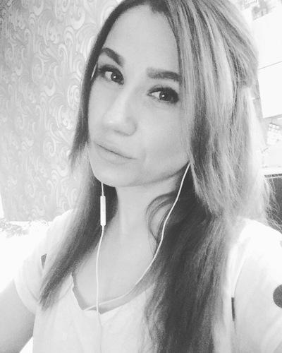 Юлия Золотавина