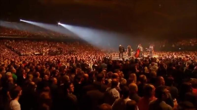 Johnny Hallyday - Rester Vivant Tour_ Extrait Blue Suede Shoes(2)