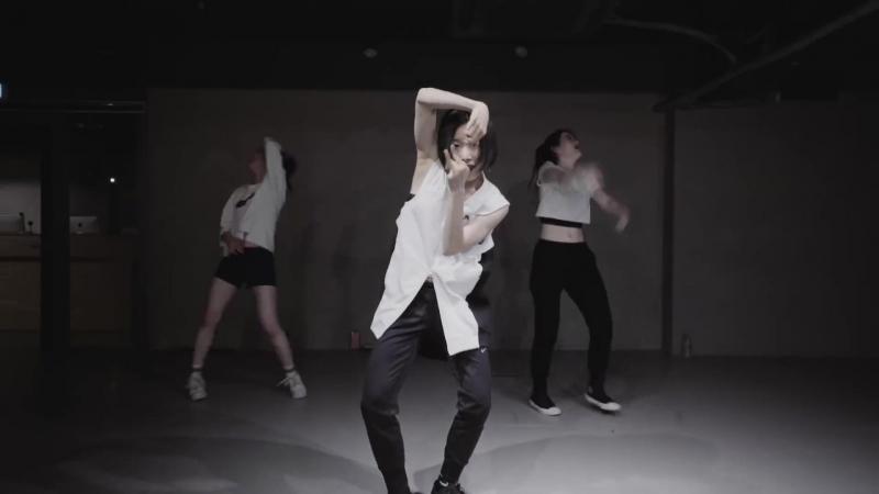 Dont Let Me Down - The Chainsmokers (Vidya KHS Remix) ⁄ Lia Kim Choreography