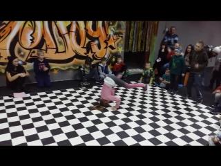 Дети рвут танцпол | Брейк-данс баттл | Фитнес-студия