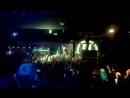 Саша ПФ прыгает в толпу