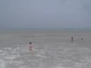 20.Тимур плавает один в дождь
