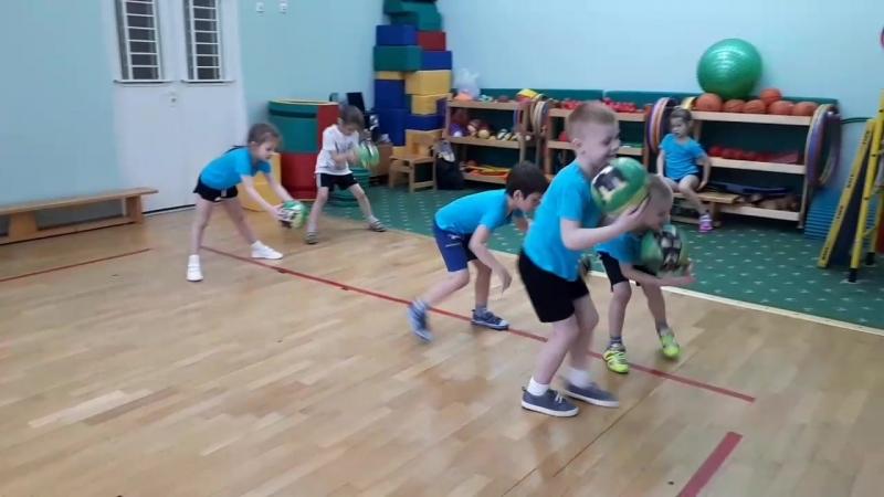 Физкультура в группе