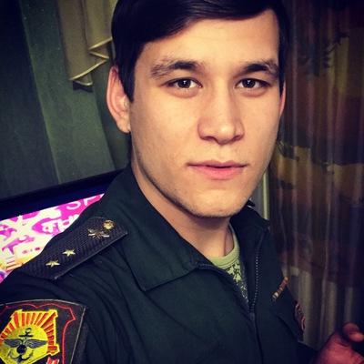 Антон Яшин