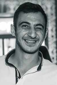 Левон Оганесян