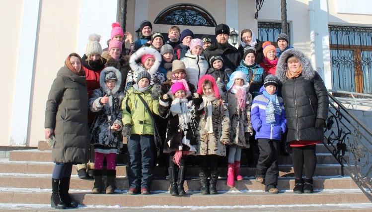 Паломники из Хабаровска побывали в Благовещенском кафедральном соборе