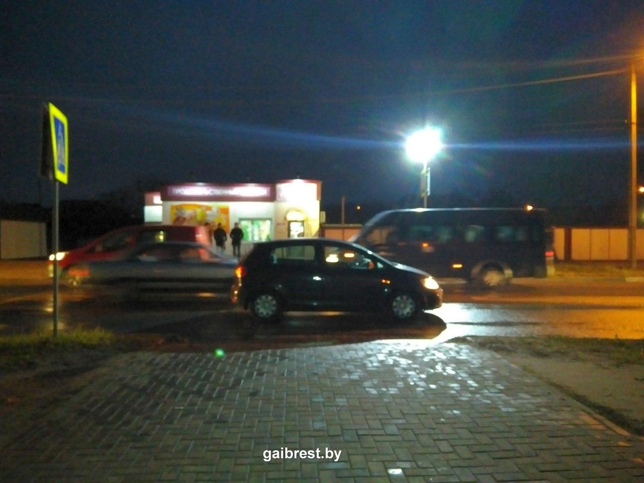Женщину на ночь Боцманская ул. женщину на ночь Плесецкая ул.