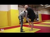 Как правильно бить коленями в драке / ufcall ©