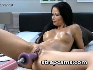 Webcam tiny anal sex