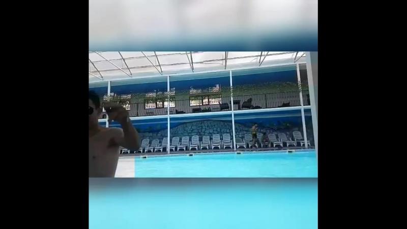 Керемет күннен естелік✋😉🏊 13.06.2018 P.s. соткамен жасаған алғашқы монтаж😄 сьемка бесағаш бассейн sunrice сезон купаний о
