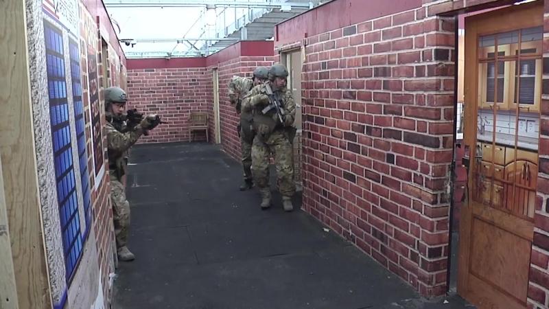 FBI SWAT Team - Live Fire Shoot House1