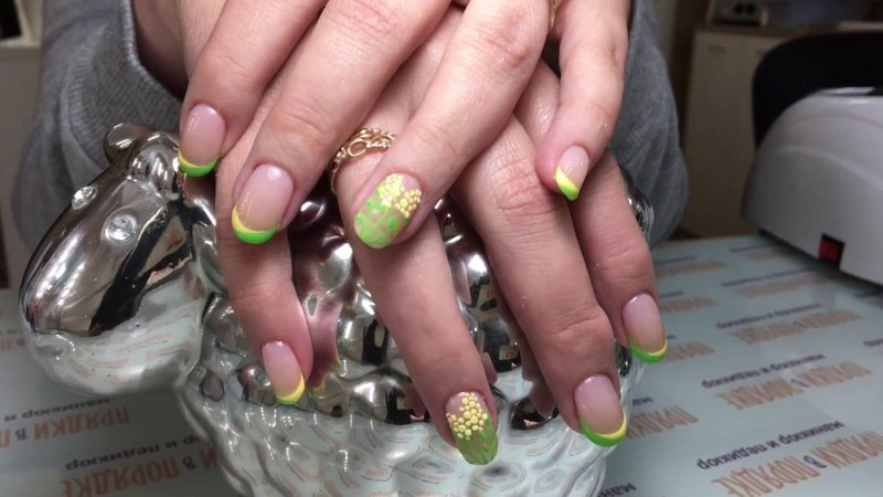 Дизайн ногтей. Роспись гель-лаком. Мимоза.