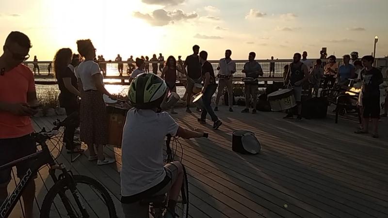Барабанщики в Тель Авиве